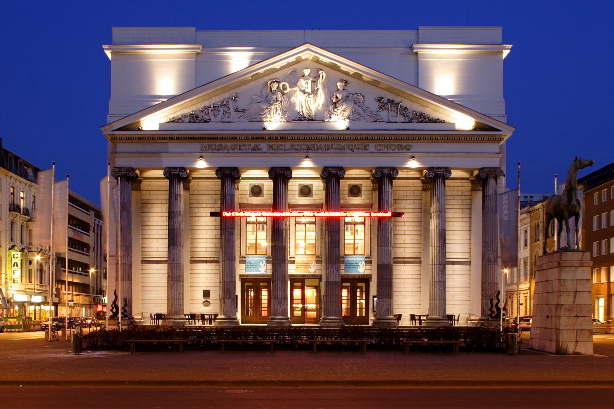 Autovermietung in Aachen - Theater