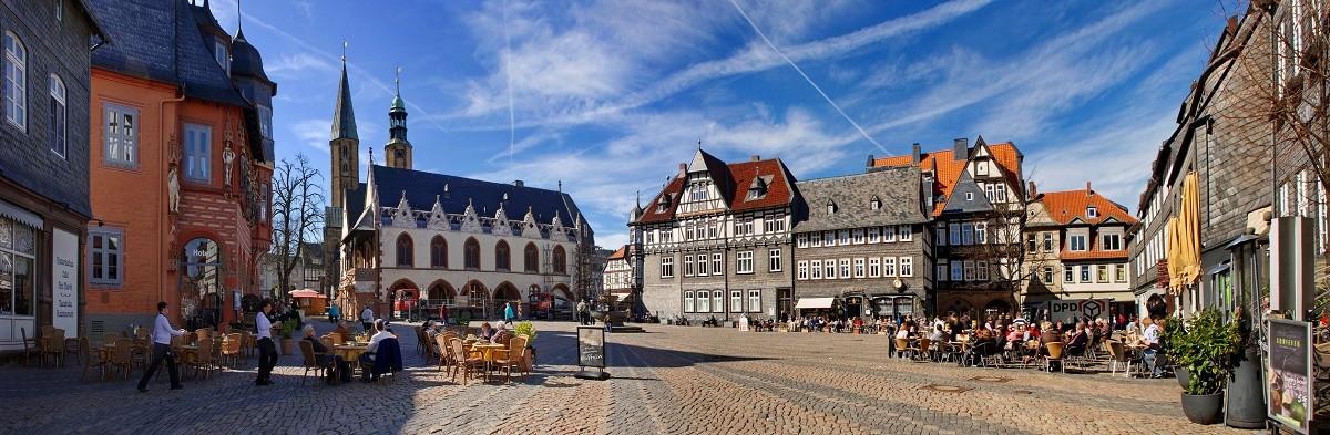 Autovermietung Goslar - der Marktplatz in Goslar