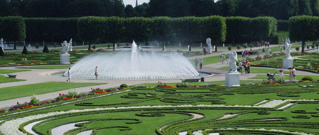 Herrenhäuser Gärten - mit dem Mietwagen in Hannover